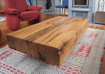Restaurierter Tisch